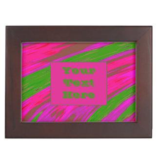 モダンで明るいピンクの緑色の棒 ジュエリーボックス