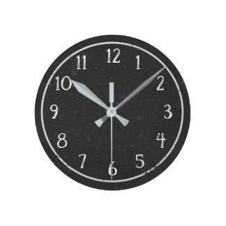 モダンで素朴で模造のな黒板の円形の時計 ラウンド壁時計