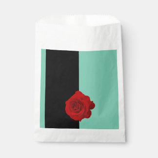 モダンで赤いバラ フェイバーバッグ