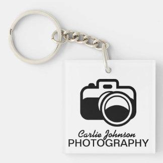 モダンで黒いカメラアイコンカメラマン キーホルダー