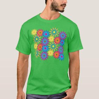 モダンなエレガントなフラワーパワーのかわいらしい60年代のヒッピー Tシャツ
