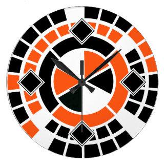 モダンなオレンジ白黒の車輪のグラフィック・デザイン ラージ壁時計
