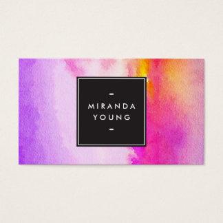 モダンなクールで抽象的な紫色かピンクの水彩画 名刺