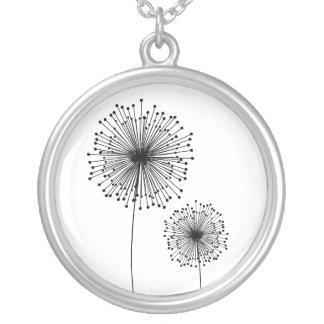 モダンなタンポポの花カスタムな色のネックレス シルバープレートネックレス