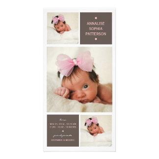 モダンなトリオの写真の女の赤ちゃんの誕生の発表 フォトカード