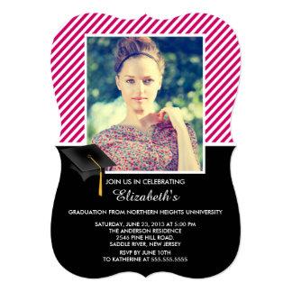 モダンなピンクのストライプの写真の卒業パーティー カード