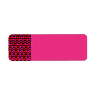 モダンなピンクのハートの差出人住所ラベルへの合図 ラベル