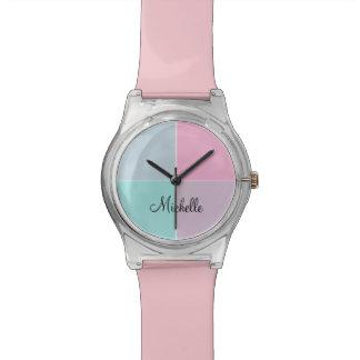 モダンなモノグラムの芸術 腕時計