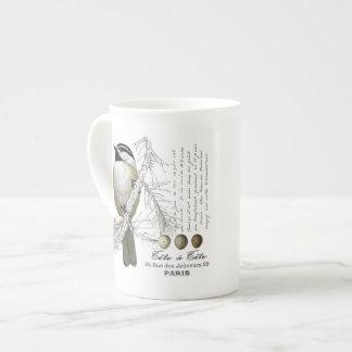 モダンなヴィンテージの冬の森林《鳥》アメリカゴガラ ボーンチャイナカップ
