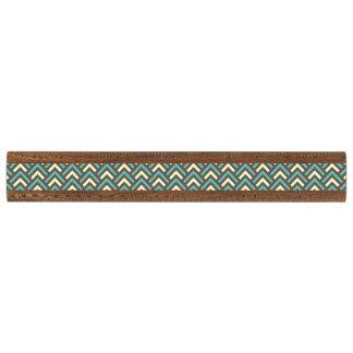 モダンなヴィンテージの青いクリーム色のシェブロン抽象的なパターン 定規