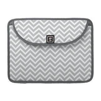 モダンな傾向の灰色のシェブロン MacBook PROスリーブ