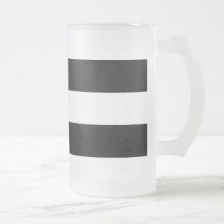 モダンな白黒のストライプパターン フロストグラスビールジョッキ