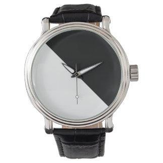 モダンな白黒腕時計 腕時計