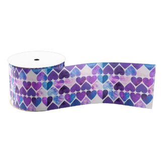 モダンな紫色及び青の汚いハートのデザイン グログランリボン