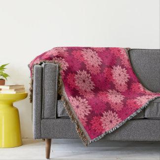 モダンな花の着物のプリント、珊瑚のピンク及びバーガンディ スローブランケット