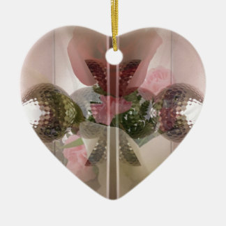 モダンな赤いバラのガラスノブの淡いピンクの上敷 セラミックオーナメント
