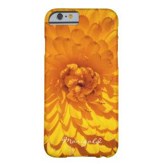 モダンな金黄色いマリーゴールドの花 BARELY THERE iPhone 6 ケース
