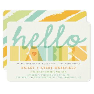 モダンのこんにちはベビーの双生児のベビーの一口は及び招待を見ます 12.7 X 17.8 インビテーションカード