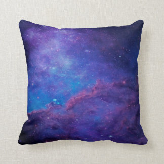 モダンの抽象的な深い宇宙の青及び紫色 クッション