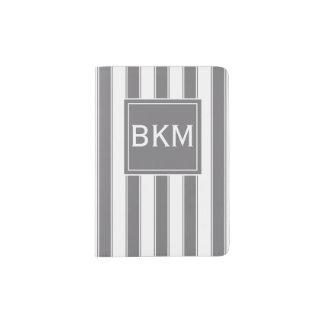モダンは灰色および白いで縞で飾ります パスポートカバー