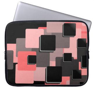 モダン、美しいピンクの正方形パターン ラップトップスリーブ