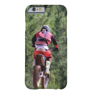 モトクロスの土バイクの選手権レース BARELY THERE iPhone 6 ケース