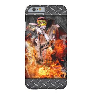 モトクロスの火および煙 BARELY THERE iPhone 6 ケース