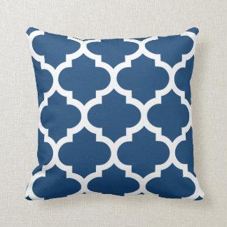 モナコの青のクローバーの枕 クッション