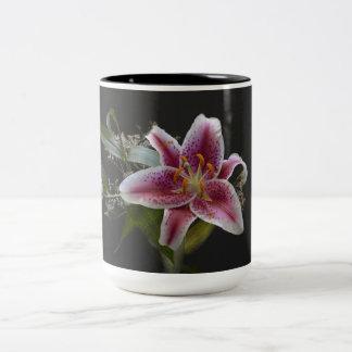 モナ・リザユリ-美しい花のマグ ツートーンマグカップ