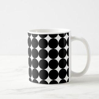 モノクロ円のマグ コーヒーマグカップ