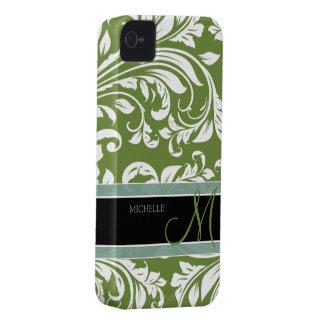 モノグラムが付いている暗いオリーブ色及び白の花のダマスク織 Case-Mate iPhone 4 ケース