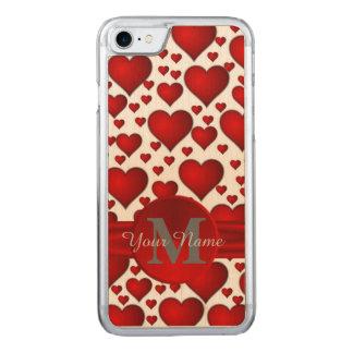 モノグラムのなロマンチックなハートパターン CARVED iPhone 7 ケース