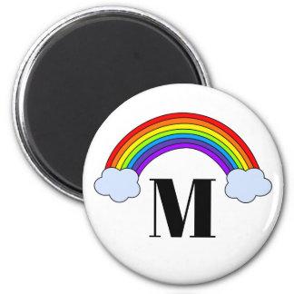 モノグラムのイニシャルが付いている虹 マグネット
