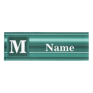 モノグラムのティール(緑がかった色)は縞で飾ります 名札