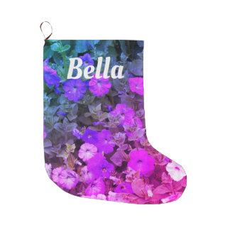 モノグラムの一流のガーリーな紫色のピンクの花の花 ラージクリスマスストッキング