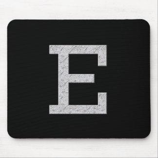 モノグラムの手紙E マウスパッド