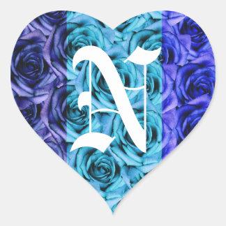 モノグラムの手紙Nの青いバラのステッカー ハートシール