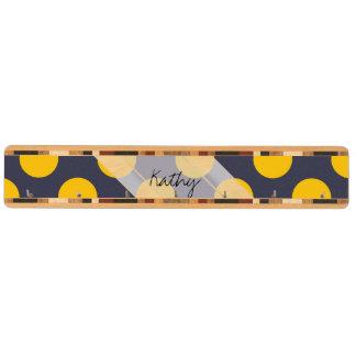モノグラムの濃紺の黄色のシックな水玉模様パターン キーラック