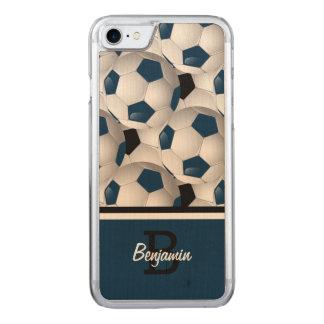 モノグラムの濃紺の黒いサッカーボールパターン CARVED iPhone 8/7 ケース