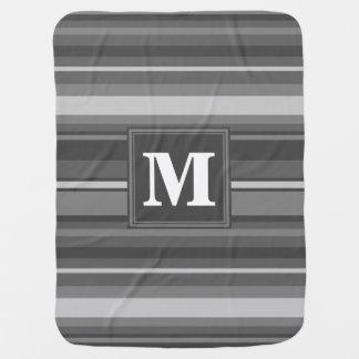 モノグラムの灰色のストライブ柄 ベビー ブランケット