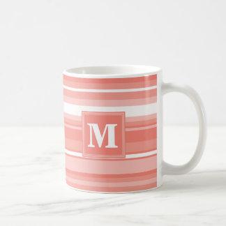 モノグラムの珊瑚は縞で飾ります コーヒーマグカップ