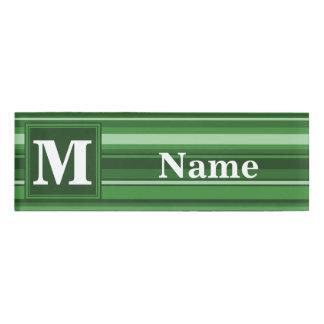 モノグラムの緑のストライブ柄 名札