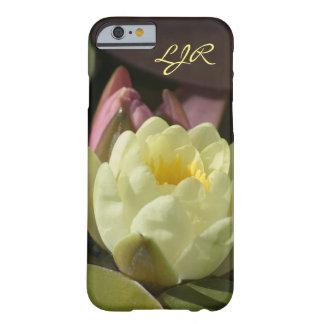 モノグラムの黄色い《植物》スイレンの電話箱 BARELY THERE iPhone 6 ケース