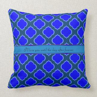 モノグラムのMoorishのデザインの刺激を受けたなOgeeの青の陰 クッション