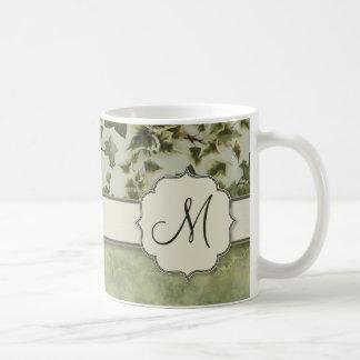 モノグラムを持つフィレンツェの水彩画のキヅタ コーヒーマグカップ