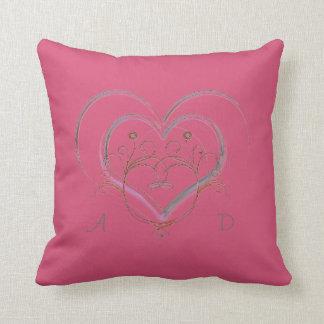 モノグラム愛記念品のショッキングピンクの装飾用クッション クッション