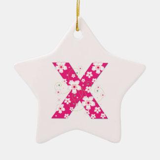 モノグラム最初のXのかわいらしいピンクの花模様カット セラミックオーナメント