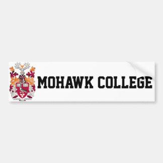 モホーク族の人の大学バンパーステッカー バンパーステッカー
