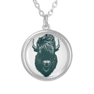 モホーク族の人の水牛 シルバープレートネックレス