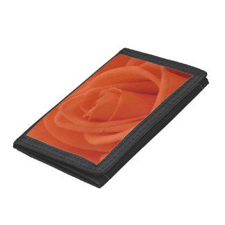 モモのばら色の花のイメージの黒のナイロン財布